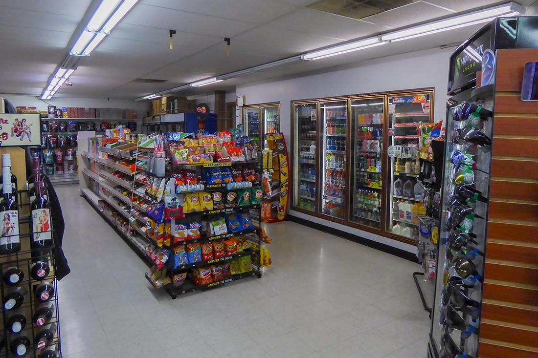 Site 26, 808 N Broad Street, Carlinville, IL